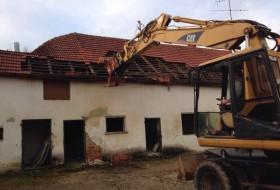 BV Abbruch Altes Wohnhaus in Pöbenhausen  - Beginn der Arbeit